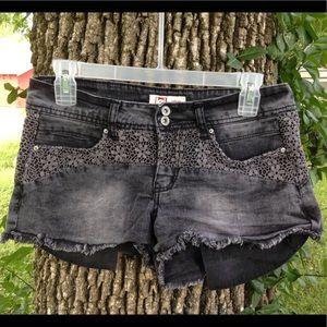 Lei Ashley jean crocheted shorts